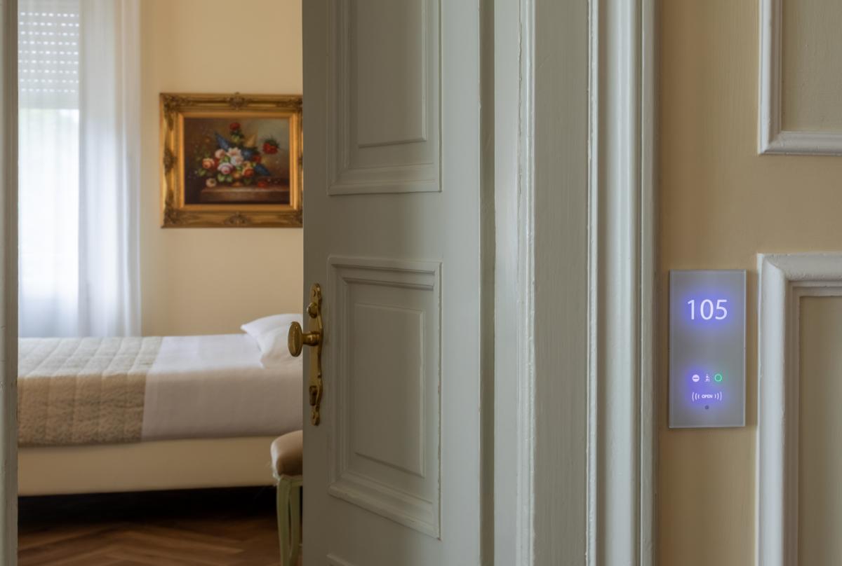 Gestione accessi, RMS di VDA per hotel 1200x808