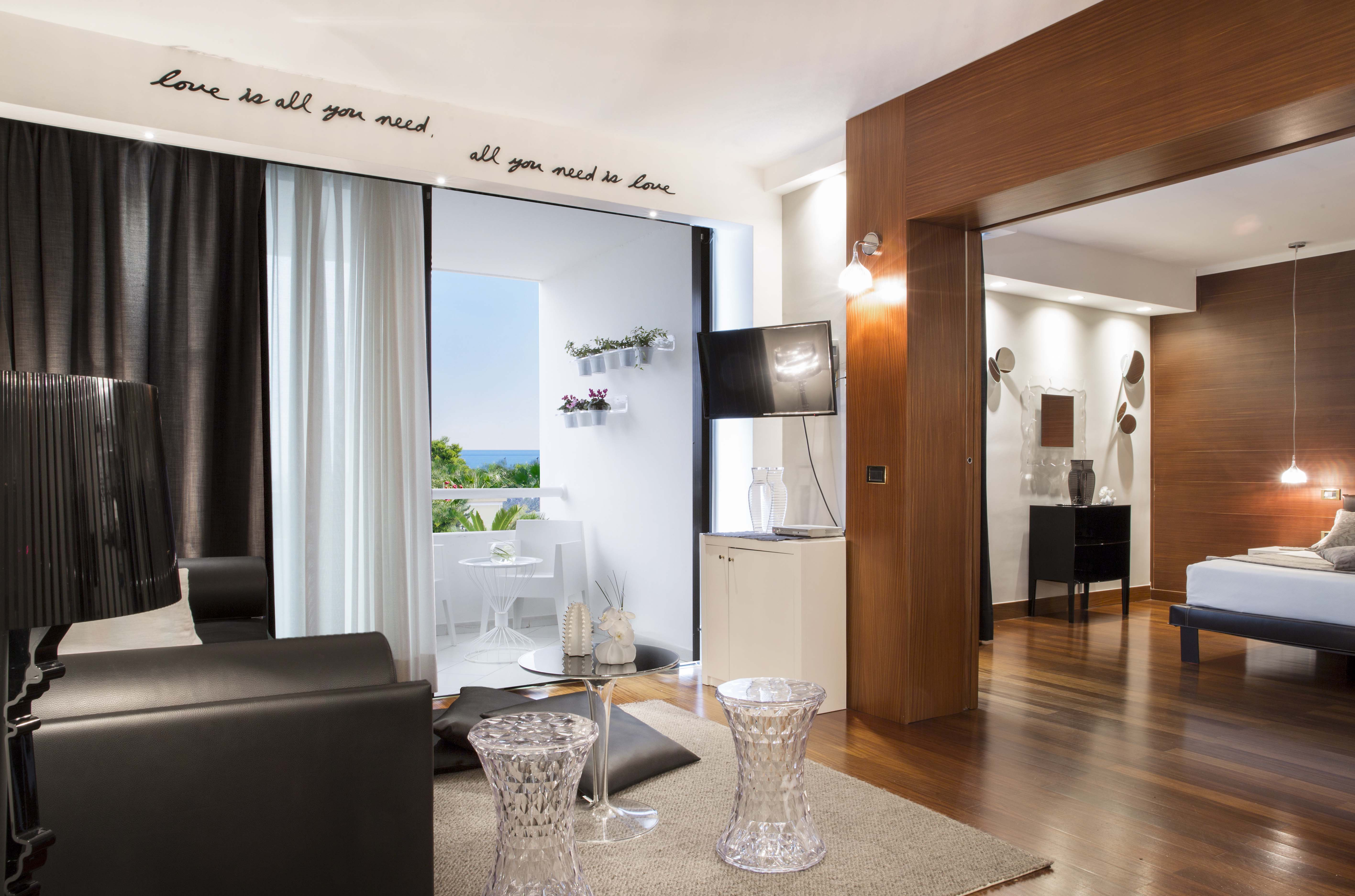 Room management system by VDA