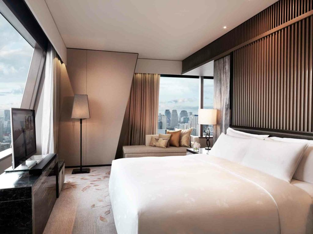 interactive_tv_bangkok_okura_prestige_hotel_3